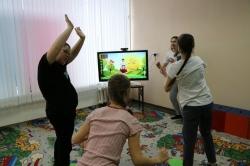 В движениях – сила. В Миассе учат танцевать особых детей
