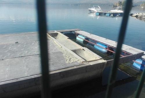 Плавучие фермы убрали с озера Тургояк. Общественники настояли на необходимости закрытия рыбных ферм