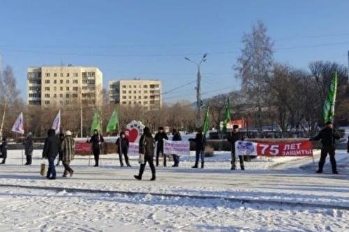 Десять тысяч за пикет. В Миассе продолжается противостояние руководства и рабочих автозавода «Урал»