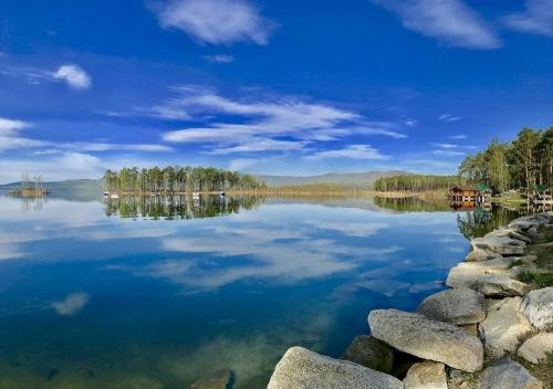 Ценнейший водоём мира. Символом Миасса признано озеро Тургояк