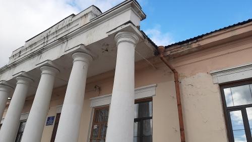 Памятники надо охранять и сохранять. В Миассе отремонтируют исторический ансамбль зданий Старые Казармы
